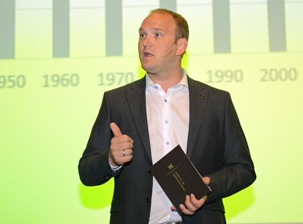 Landbruks- og matminister Jon Georg Dale åpnet Skog og Tre 2018-konferansens andre dag.
