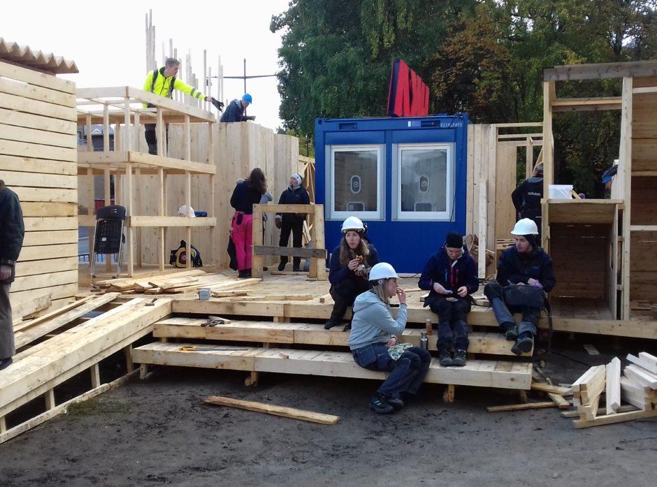 Billettluka til UKA er sentralt plassert i «møteplassen». sier daglig leder i TreFokus og styreleder i NTNU Wood, Aasm. Bunkholt. Foto: NTNU Wood.