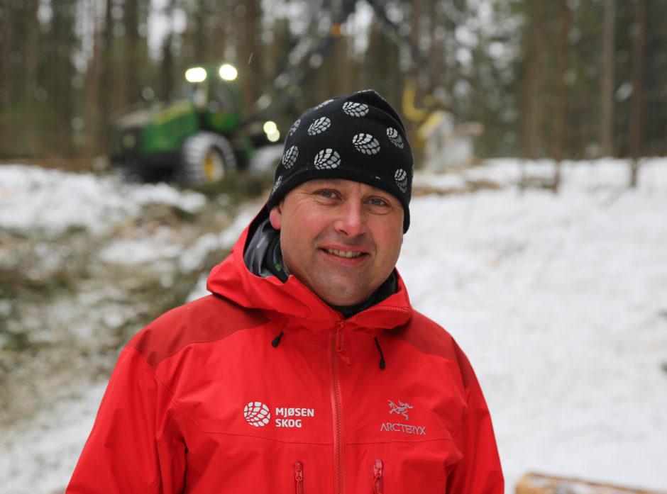 Johannes Bergum slutter i Glommen Mjøsen Skog, han får ros for jobben han har gjort.