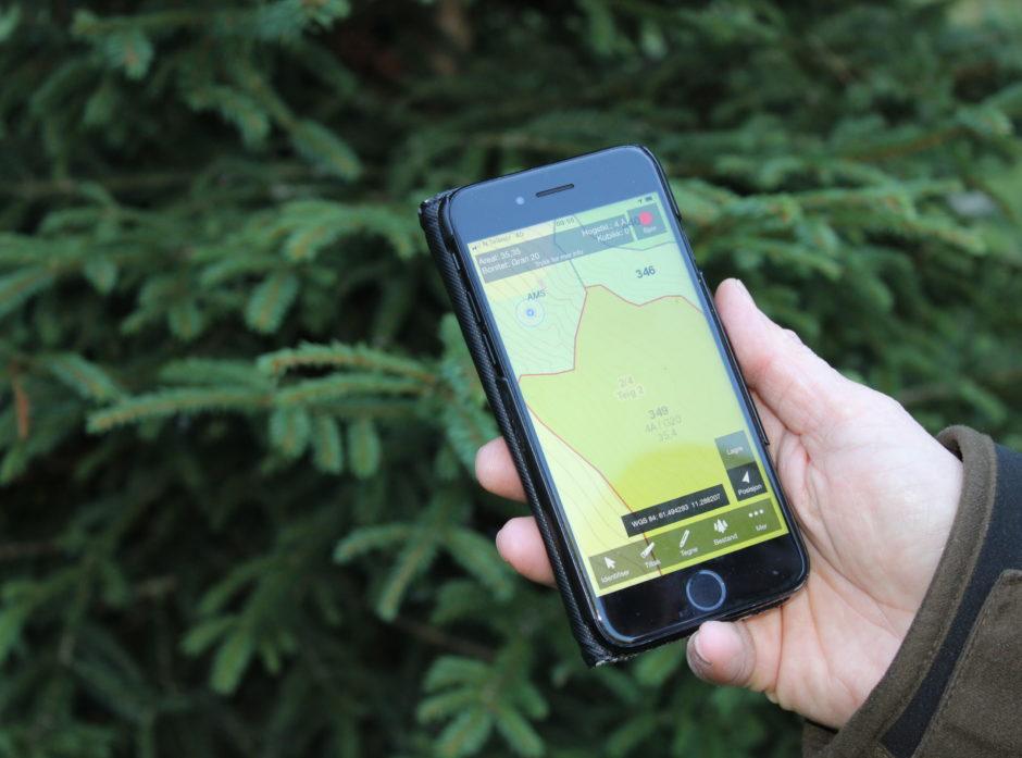 På GIS-kurs kan du lære å lage digitale kart for brukere av skogen din. Foto: Hanne Kathrine Sjølie.