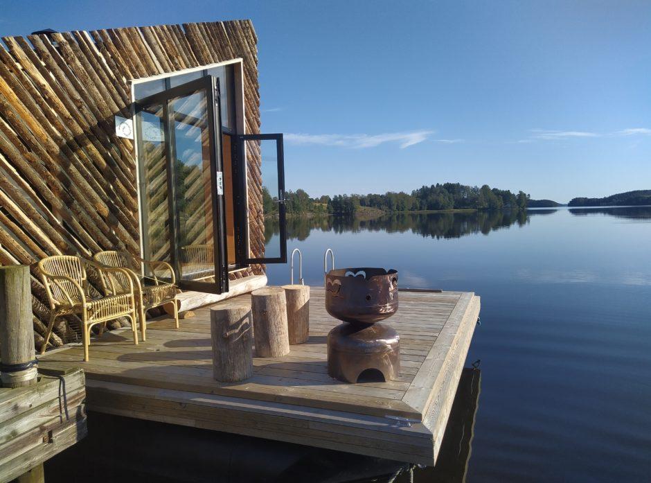 Den flytende hytta FLO. Foto: Vidar Østenby